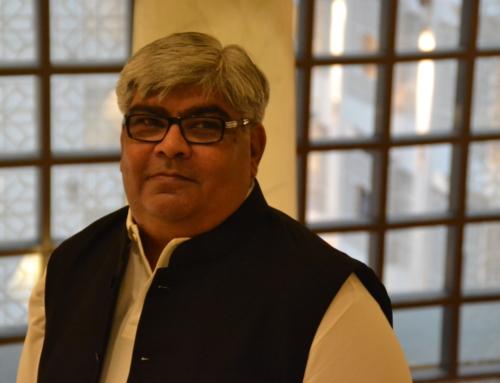 Sethi pitches to Aisikk